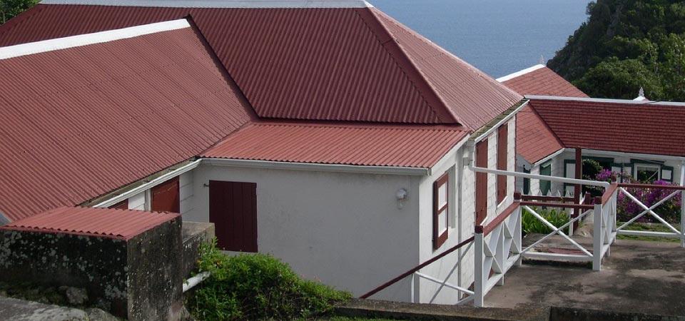 couverture en bac acier pose bac acier a travers toit. Black Bedroom Furniture Sets. Home Design Ideas